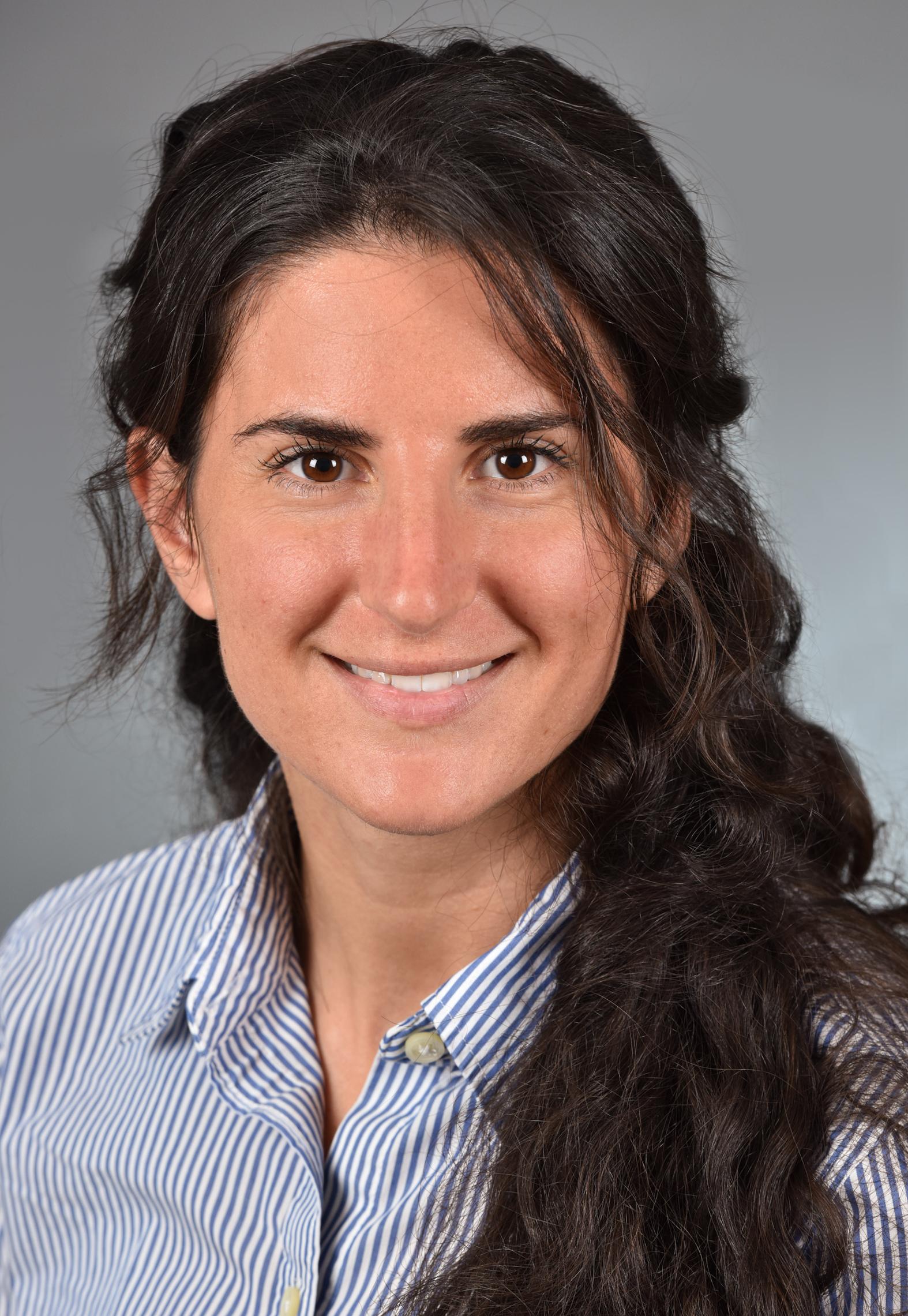 Headshot of Honora Einhorn